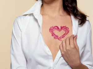 woman heart tattoo Image.0.0.1